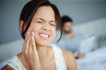 5 Common Causes of Jaw Pain